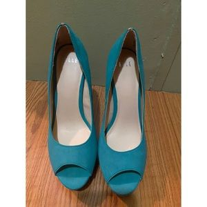Agua blue / beige heels by ELLE